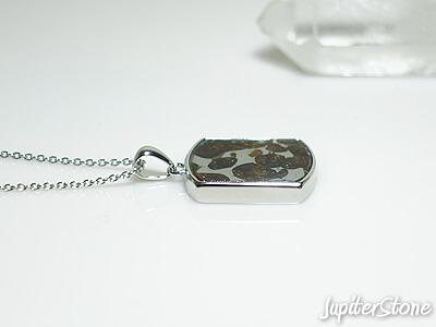pallasite-meteorite-pendant-9