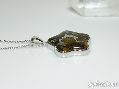 pallasite-meteorite-pendant-12